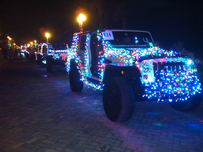 back of jeep - Jeep Christmas Decorations